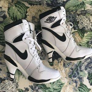 Air Jordan Sz 7 High Heel Sneaker Stilettos White